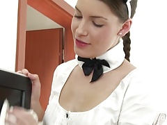 Kinky Czech  senses the Maid