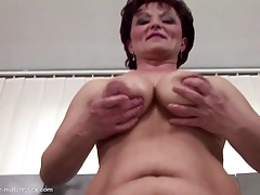 Mature mom gets raunchy  and..